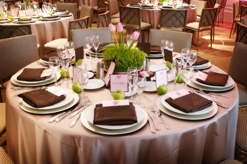 10962550-wedding-reception-table