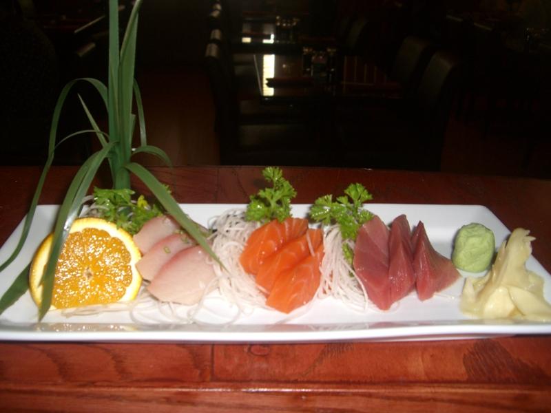 tri-color-sashimi-entree